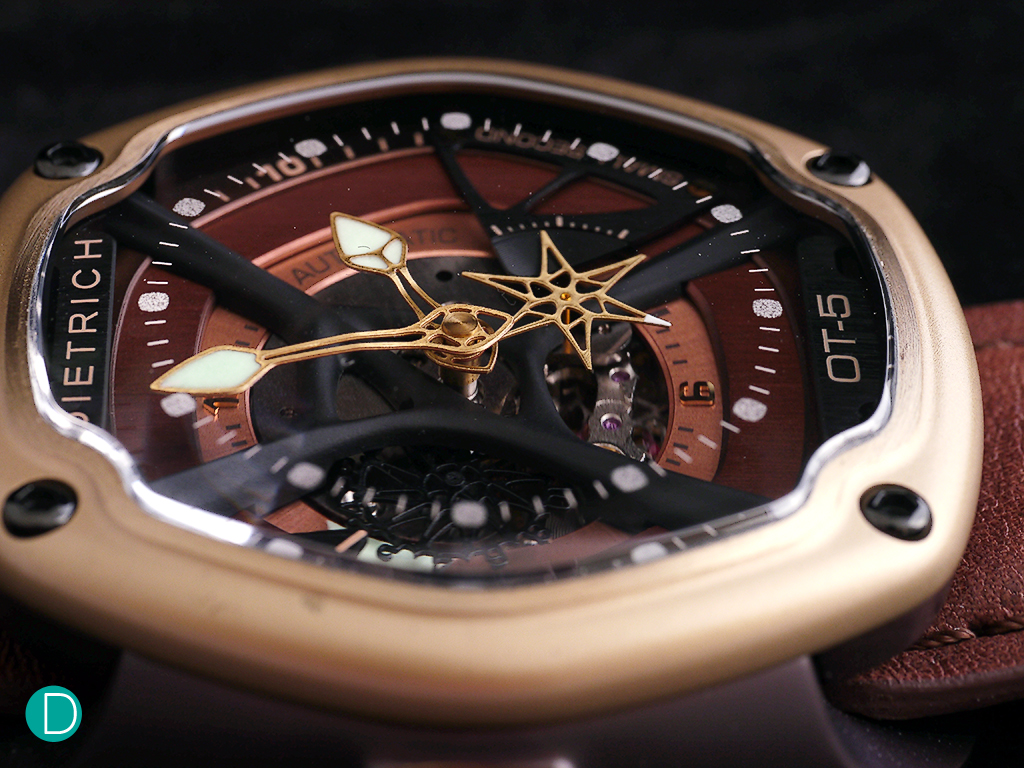 Dietrich OT-5 is identical to the other Organic Time watches safe for the case material, dial and strap.