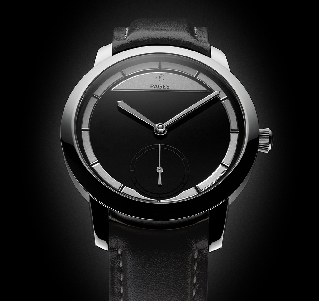 Raúl Pagè Soberly Onyx. Limited edition of only 10 pieces, with an unusual two tone onyx dial which is hand crafted by Raúl, cased in a white gold case.